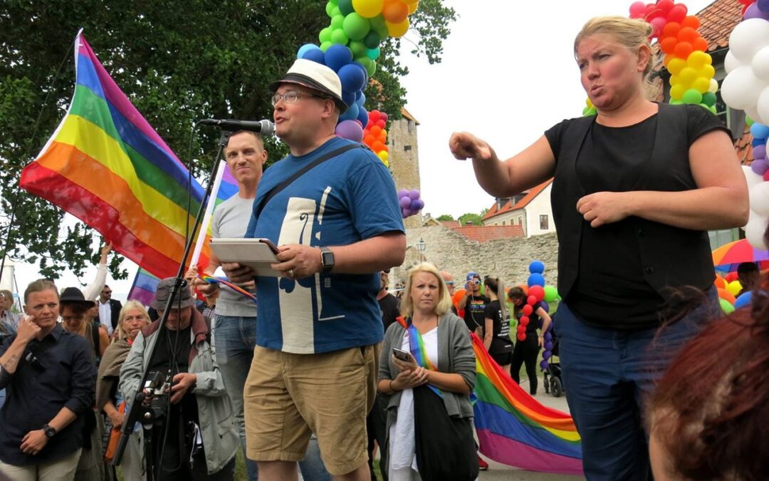 Tal vid Mångfaldsparaden i Visby 2017